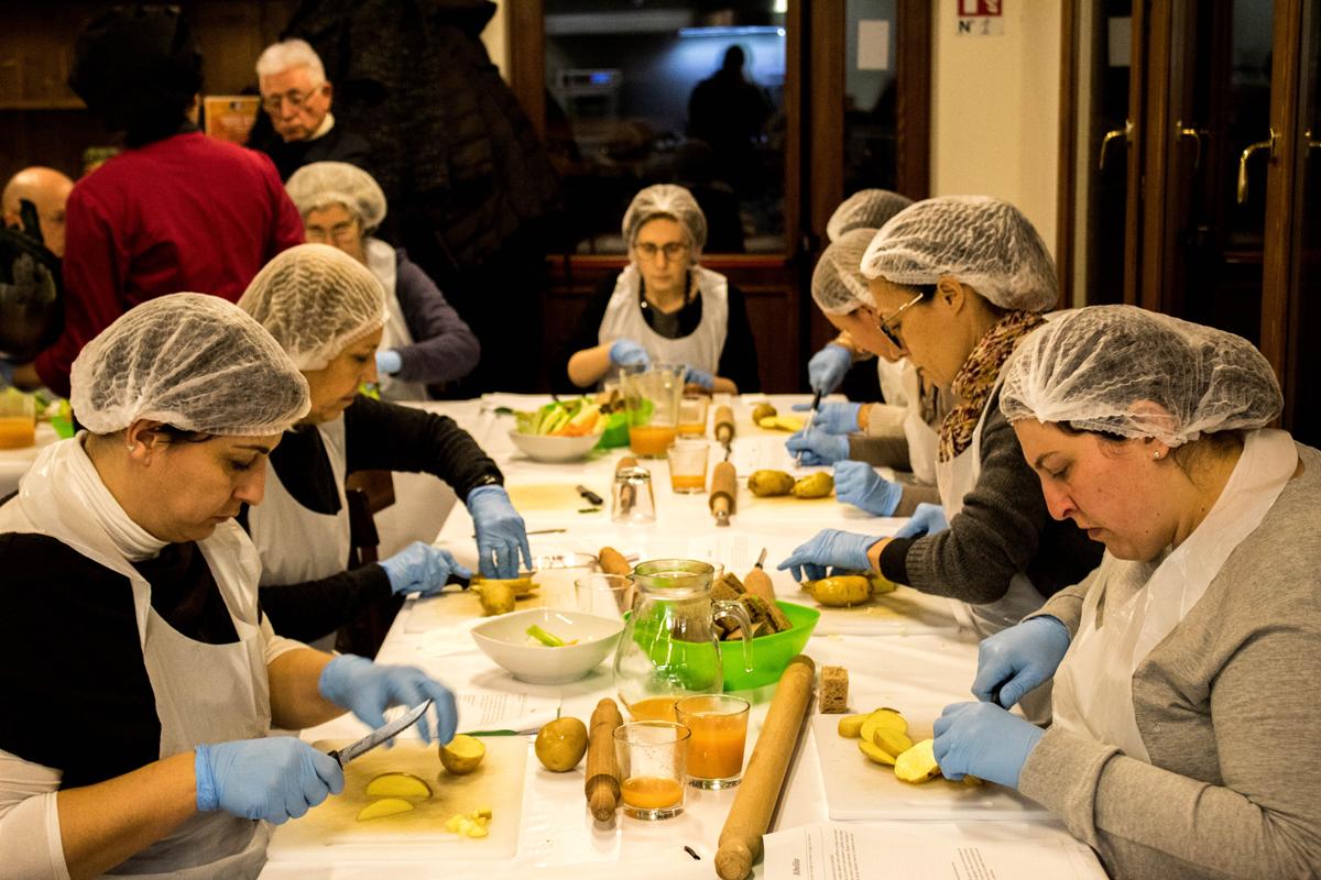 Corso di cucina vegetale olistica mese di aprile 2017 il profumo della freschezza - Corso di cucina bologna ...